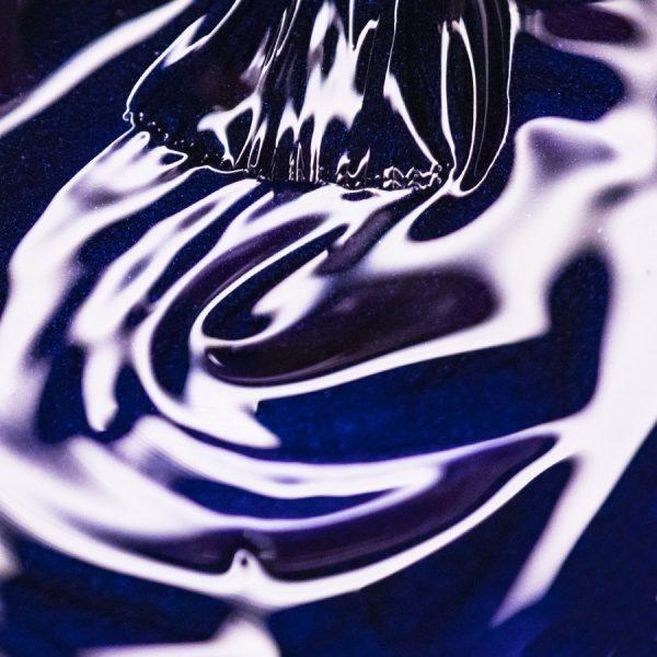 esmalte semipermanente azul eléctrico